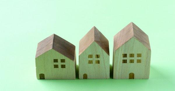 建物の形はシンプルにしたほうが安い
