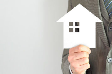 沖縄で分割融資を利用した注文住宅☆金利の選び方と諸経費