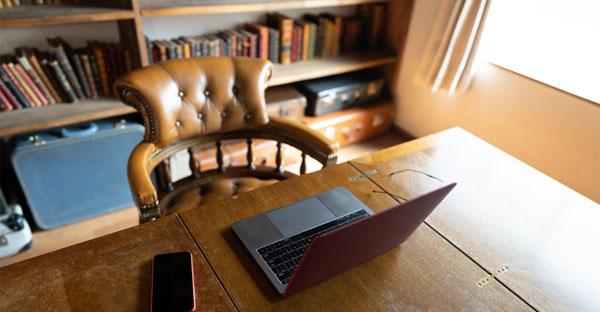 書斎はリモートワークに必要不可欠